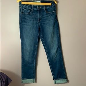 Levi's Mid Rise Stretchy Skinny Jeans